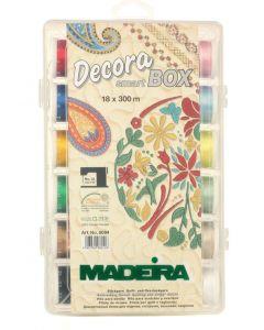 Box 18 filati Decora n. 12 Madeira 300 mt - No. 8084